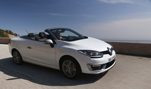 RENAULT MEGANE III COUPE-CABRIOLET NBI AND RENAULT MEGANE III COUPE-CABRIOLET GT LINE NBI TESTS DRIVE