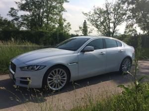 Jaguar XE Portfolio 2015_Aussen_Gesamt_16