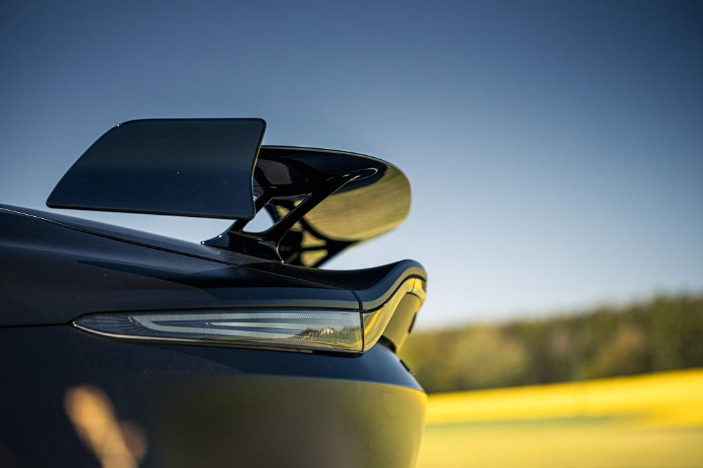 Aston Martin Vantage Roadster F1@Edition